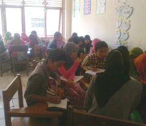 Suasana Belajar Group Discussion
