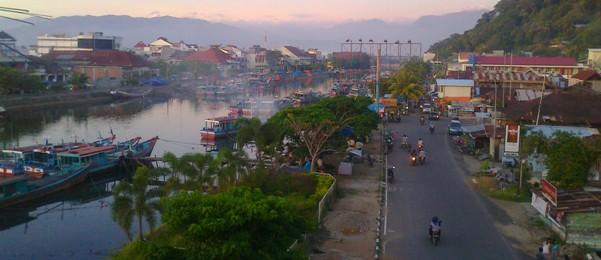 Jembatan Siti Nurbaya in Padang, West Sumatera, Indonesia (1/5)
