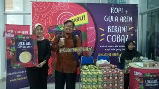 This picture shows my support for Nutrifood W-DANK with Indonesian traditional taste (Kopi Gula Aren and Kopi Durian)